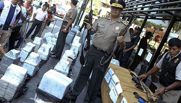 Armas de largo alcance, inmuebles y vehículos fueron recuperados en operativos. (Andina)