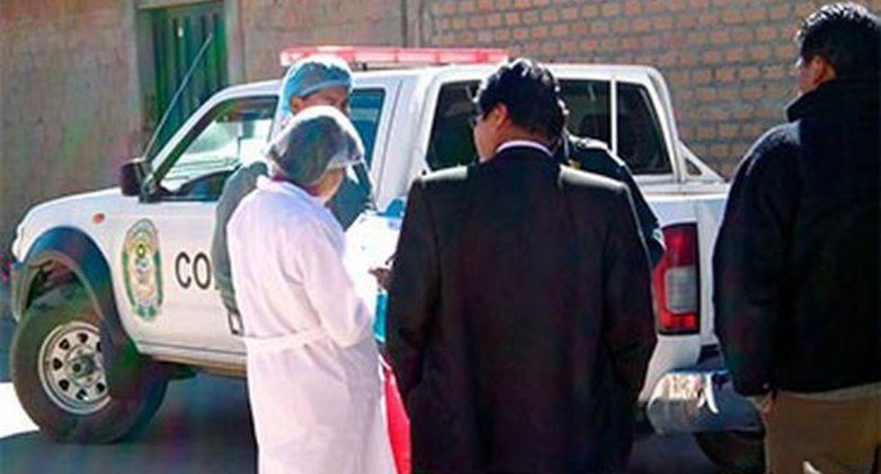 Cuerpo de la joven fue trasladado a morgue del hospital de Lampa. (Los Andes)