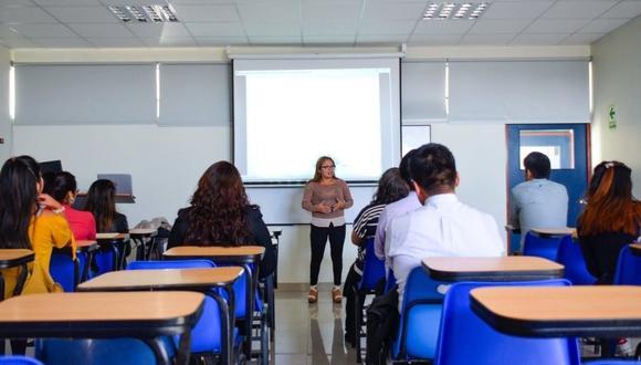 Según Asiste Perú, 73 instituciones que han sido licenciadas, de las cuales 68 son privadas y 5 son públicas. (Foto: Asiste Perú)