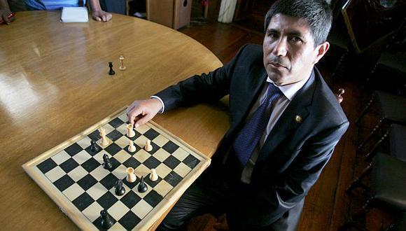 Julio Granda avanza en torneo. (USI)