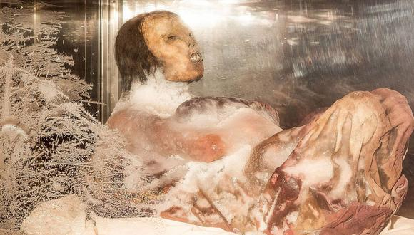 La Dama de Ampato  se conserva en  en un congelador especial. La urna se encuentra a una temperatura de -19ºC, para evitar la deshidratación del cadáver.