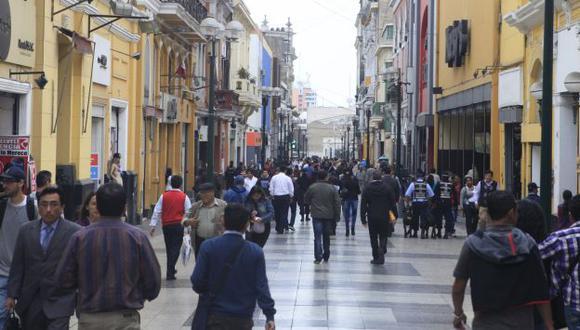 Desaceleración de la clase media afectará perspectivas en América Latina, según Moody's. (USI)