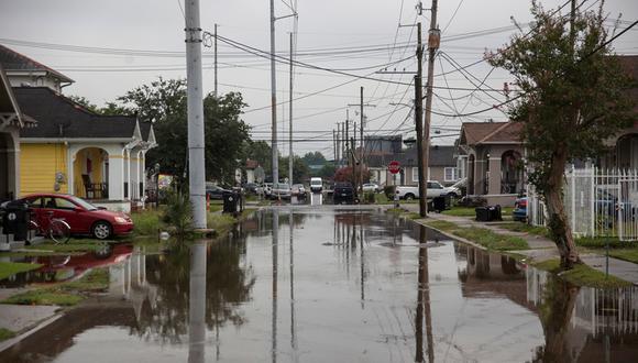 En medio de lluvias e inundaciones, Nueva Orleans se prepara para llegada de posible huracán Barry. (AFP)