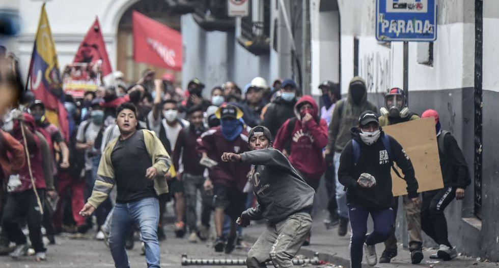 Violentos enfrentamientos en Quito entre grupo de manifestantes y fuerzas de seguridad. (Foto: AFP)