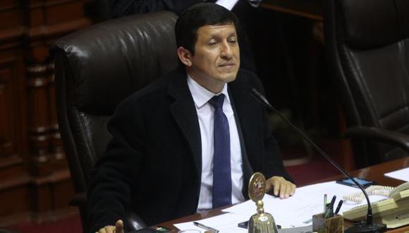 Ante la negativa de PP y de otros grupos, será casi imposible que el parlamentario loretano repita el plato. (David Vexelman)