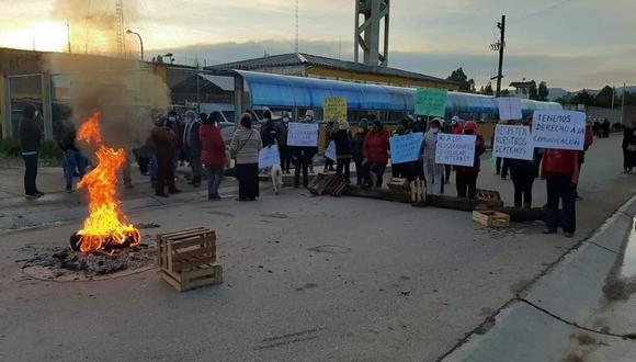Vecinos bloquean ingreso a penal de Huancayo por sistema que anula señal de celular e internet (Foto: difusión)