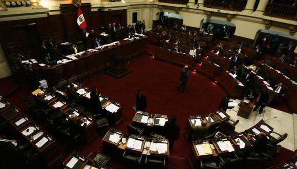 Sin vergüenza. Al fin de legislatura, el Pleno solo 'destaca' por el aumento de sus gastos operativos. (Mario Zapata)