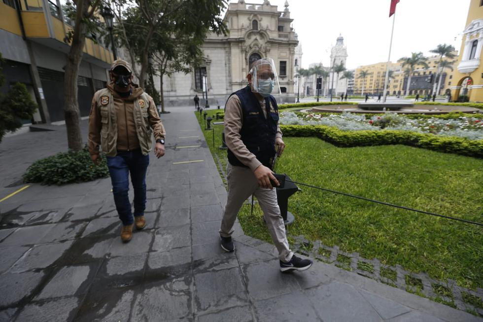 Fiscal Reynaldo Abia realiza diligencia en Palacio de Gobiernopor caso Mirian Morales, secretaria del despacho de Martín Vizcarra. (Fotos: Mario Zapata Nieto /GEC)