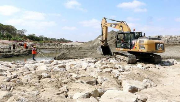 Buscan eficiencia en proyectos. (Perú21)