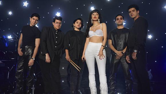 """Serie revela intereses amorosos dentro de la banda de la """"Reina de la tecnocumbia"""", (Foto: Netflix)"""