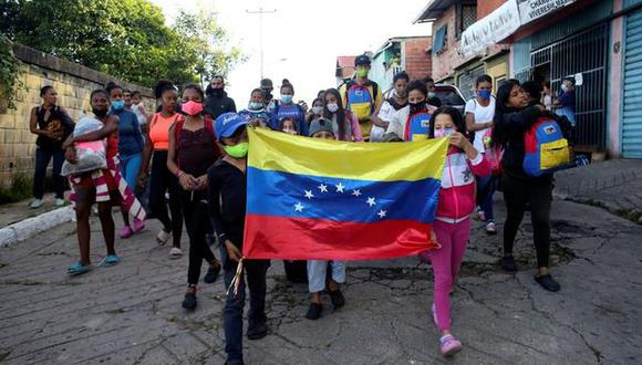 Gran parte de los emprendimientos que vienen sacando adelante los migrantes venezolanos en nuestro país son vinculados al comercio, según Save the Children.