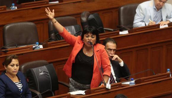 La congresista Esther Saavedra hizo severos comentarios contra los ciudadanos venezolanos en el país. (GEC)