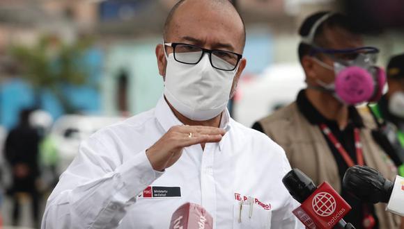 """El ministro de Salud, Víctor Zamora, considero que los clubes debieron haber """"educado y concientizado"""" a sus jugadores sobre las labores preventivas para no contagiarse de COVID-19. (GEC)"""