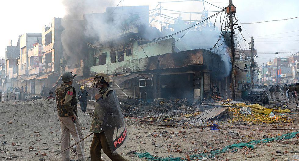Según reportes, un policía resultó muerto por las protestas en Nueva Delhi. (Foto: AFP)