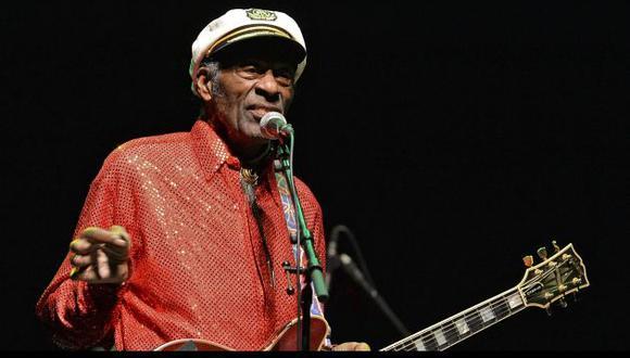 Chuck Berry falleció hoy a los 90 años (11Alive.com).