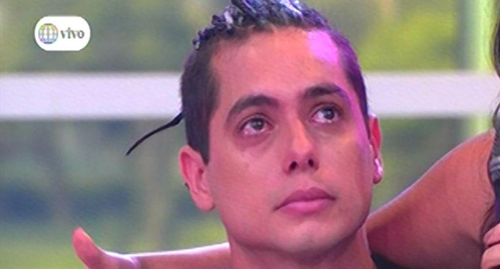 El bailarín lloró al recordar el fin de su relación con Milett Figueroa.