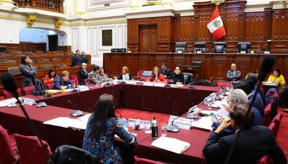 La Comisión de Constitución aprobó antes el proyecto de reforma políticapara que sentenciados no puedan ser candidatos.(Foto: Congreso)