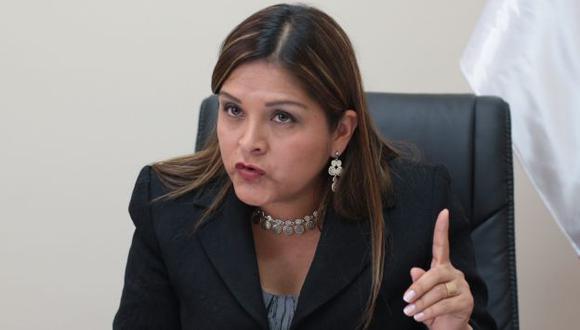 Karina Beteta busca juramentar para poder votar por nueva Mesa Directiva del Congreso. (Canal N)