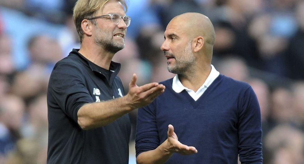 Guardiola y Jürgen Klopp sostuvieron un duelo técnico en el Etihad Stadium. (AP)