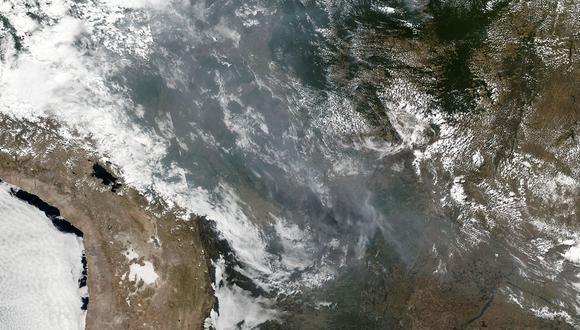 El humo del incendio en la Amazonía llegó al norte de Argentina y se acerca a su capital. (Foto: AFP)