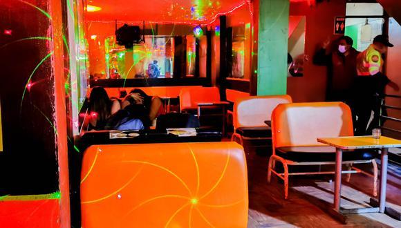 El establecimiento estaba en pésimas condiciones insalubres y no controlaba el consumo de bebidas alcohólicas (Foto Municipalidad Provincial de Arequipa)