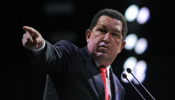 JUEGA AL MIEDO. El presidente venezolano, Hugo Chávez, quiere ser reelegido a cualquier costo. (AP)