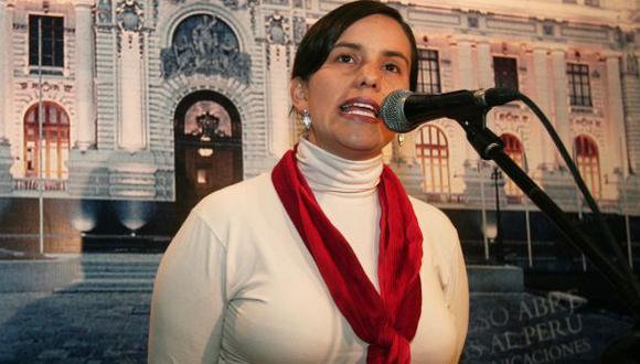 Verónika Mendoza es una de las impulsoras contra la Ley Servir. (David Vexelman)