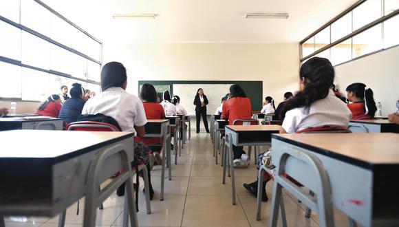 El 45% prefiere combinación de clases escolares virtuales y presenciales para marzo de 2021, según Datum