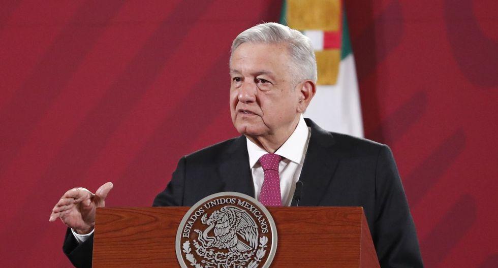 El presidente de México, Andrés Manuel López Obrador, habla durante una rueda de prensa matutina en el Palacio Nacional de Ciudad de México. (EFE/ José Méndez).