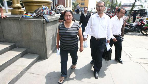 BUSCANDO JUSTICIA. Petronila llegó a Lima y se encontró con la burocracia del Ministerio Público. (USI)
