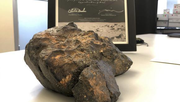La roca espacial fue subastada en Boston. (Foto: AP)