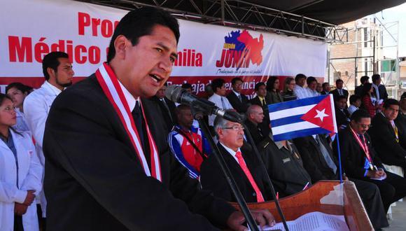 MAL EJEMPLO. Vladimir Cerrón se inspiró en modelo cubano para implementar su propuesta en salud. (PERÚ21)