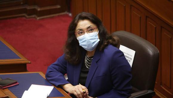 Violeta Bermúdez aseguró que ella le pidió la renuncia a Cluber Aliaga antes de la 1 p.m. del lunes 7 de diciembre. (Foto: PCM)