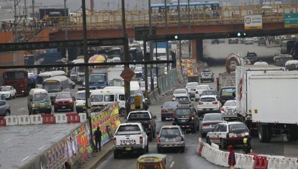 Cierre. Un tramo de la carretera permanecerá cerrada por dos años por trabajos de la Línea 2 del Metro de Lima. (Foto: GEC)
