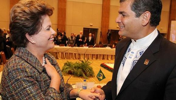 """Gobierno de Rafael Correa anunció que """"evaluará"""" sus relaciones con Brasil tras resultados de juicio político a  Dilma Rouseff. (Agencias)"""
