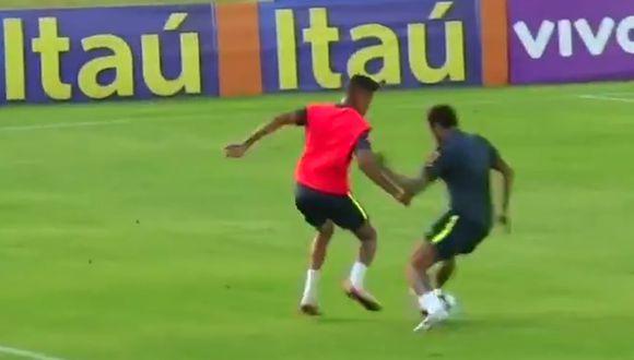 Mira la huacha que le hicieron a Neymar y cómo reaccionó. (Captura y video: Youtube)