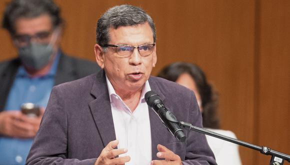 """Hernando Cevallos dijo que Mirtha Vásquez tiene """"más muñeca"""" en la toma de decisiones coherentes del Gabinete. (Foto: El Comercio)"""