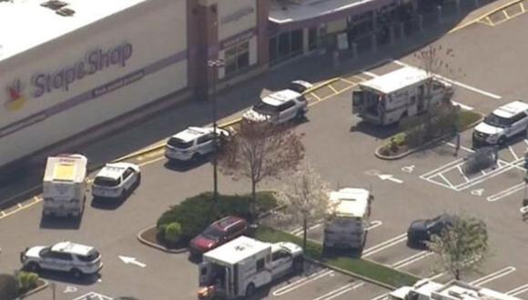 El supuesto agresor, identificado por las autoridades como Gabriel Dewitt Wilson, de 30 años, era uno de los empleados del supermercado. (Foto: Twitter)