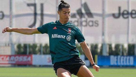 Cristiano Ronaldo tiene 21 goles en la presente temporada de la Serie A y es el segundo máximo artillero. (Foto: AFP)