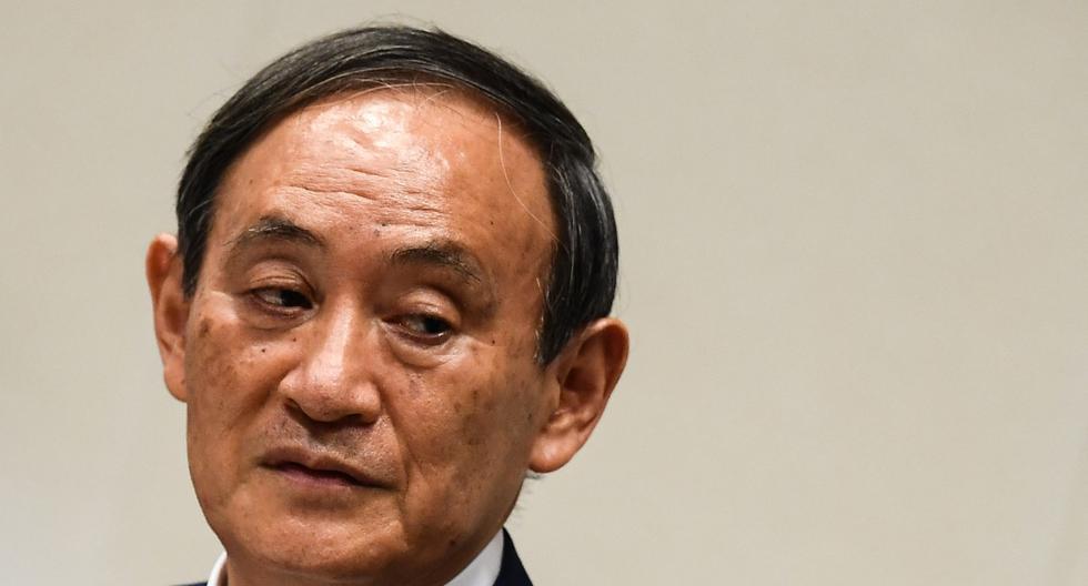 Imagen de archivo. Yoshihide Suga asiste a una conferencia de prensa para anunciar su candidatura al liderazgo del Partido Liberal Democrático (PLD) en Tokio el 2 de setiembre de 2020. (Charly TRIBALLEAU / AFP).