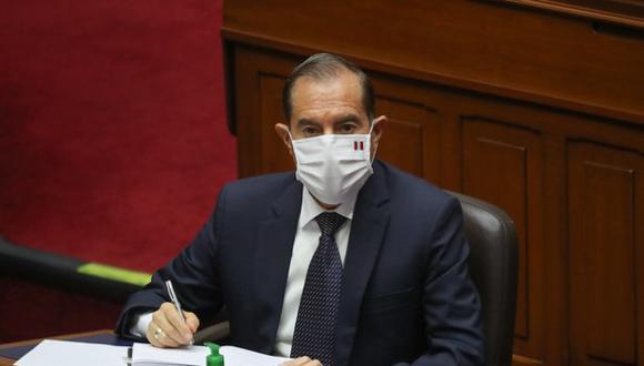 """El primer ministro Walter Martos descartó que el Gobierno haya tenido """"acuerdos debajo de la mesa"""" con agrupaciones representadas en el Congreso. (Foto: PCM)"""