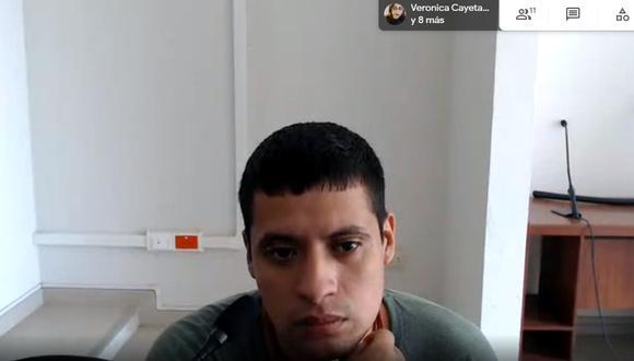 Luis Miguel Manrique Vargas escuchó la sentencia del Colegiado mediante el aplicativo Google Hangouts Meet.