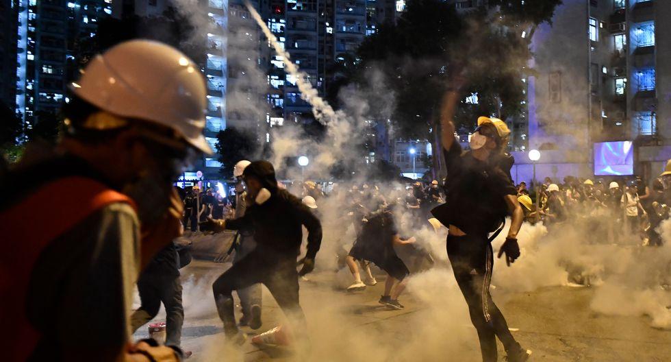 Se trata de la advertencia más dura formulada por Pekín desde el comienzo de las protestas a principios de junio contra un proyecto de ley sobre la extradición de habitantes de Hong Kong hacia China. (Foto: AFP)
