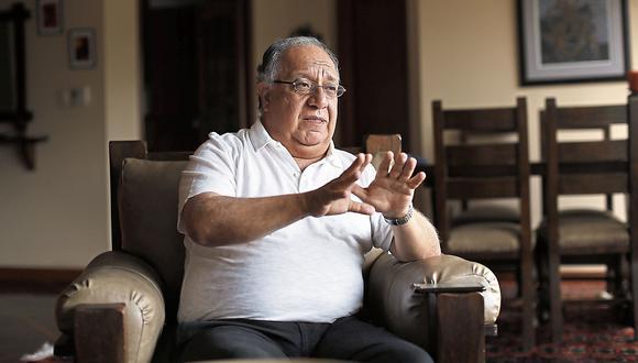 Fernando Tuesta Soldevilla. Analista político.