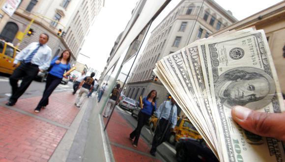 El dólar en el mercado paralelo se cotiza a S/ 3.331 por billete verde. (Foto: GEC)