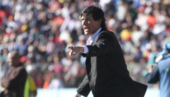 Ángel Comizzo cuestionó que los partidos se juegen en ciudades de altura. (Perú21)