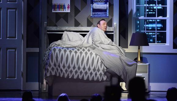 """""""Me desperté con Kevin Spacey sobre mí"""": una nueva denuncia por abuso sexual compromete al actor de Hollywood"""