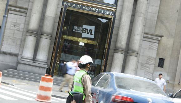 El indicador S&P/BVL Perú General, el más representativo de la bolsa, caía un -0.37%. (Foto: GEC)
