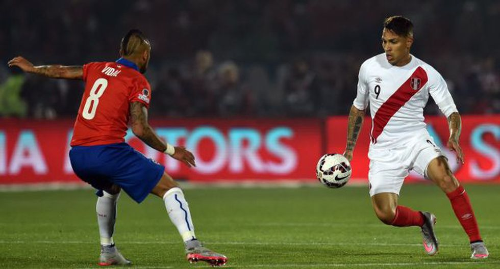 Aunque nunca juntos, Paolo Guerrero y Arturo Vidal jugaron varias temporadas en Bayern Munich. (Foto: AFP)