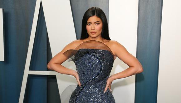 Kylie Jenner y el vestido que no le permitió sentarse en la fiesta posterior a la entrega de los Oscar 2020. (Foto: AFP)